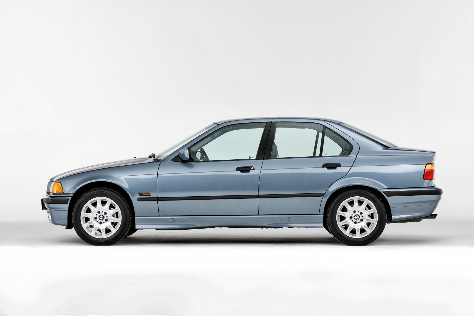 History Of Bmw 3 Series E21 E30 E36 E46 E90 F30