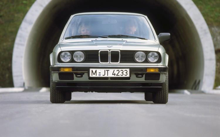 BMW 3 series history 40 years 43
