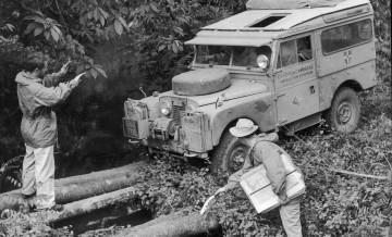 Land Rover Defender Solihull 102