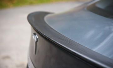 Tesla S 18