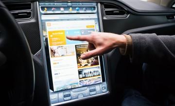 Tesla S 9