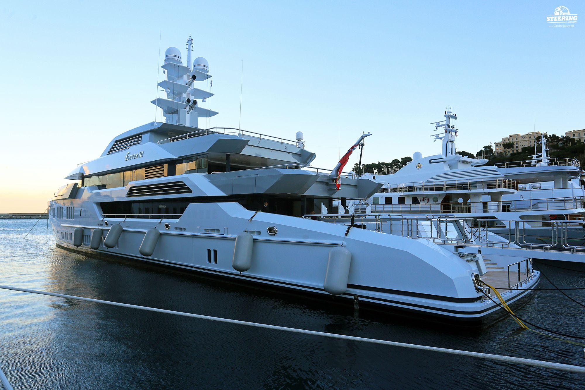 Yacht_Ester III