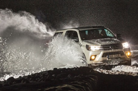 Toyota_Hilux_2017_uvodni