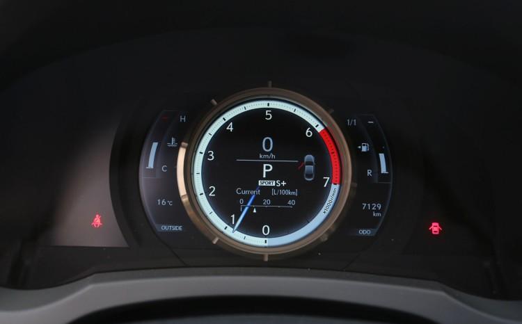 Lexus RC200t_2016_10