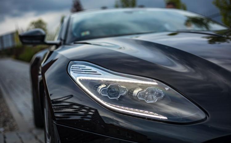Aston_Martin_DB11 (14)