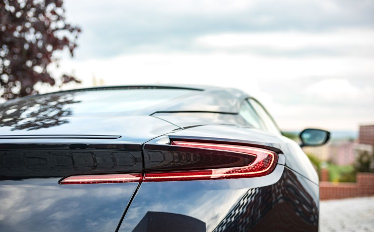 Aston_Martin_DB11 (15)
