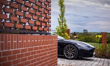 Aston_Martin_DB11 (20)