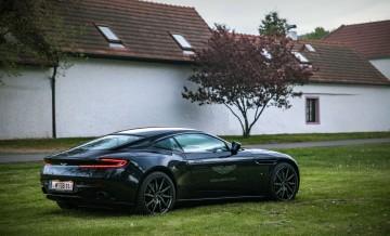Aston_Martin_DB11 (30)