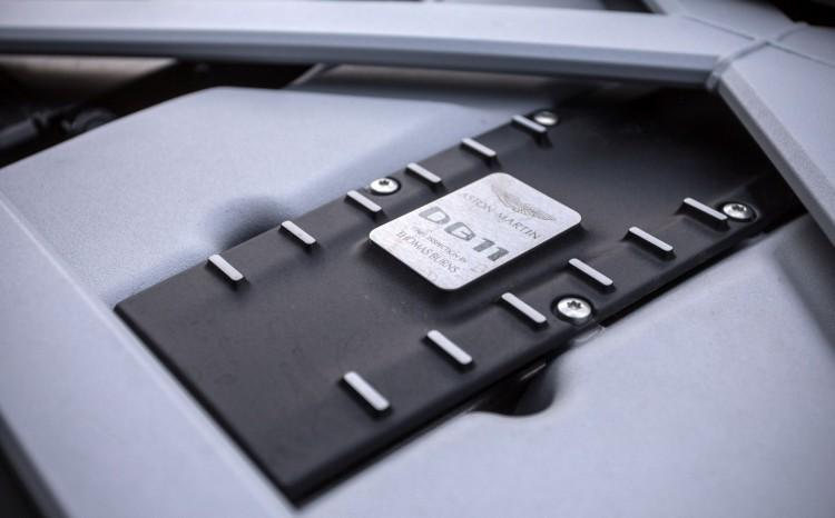 Aston_Martin_DB11 (6)