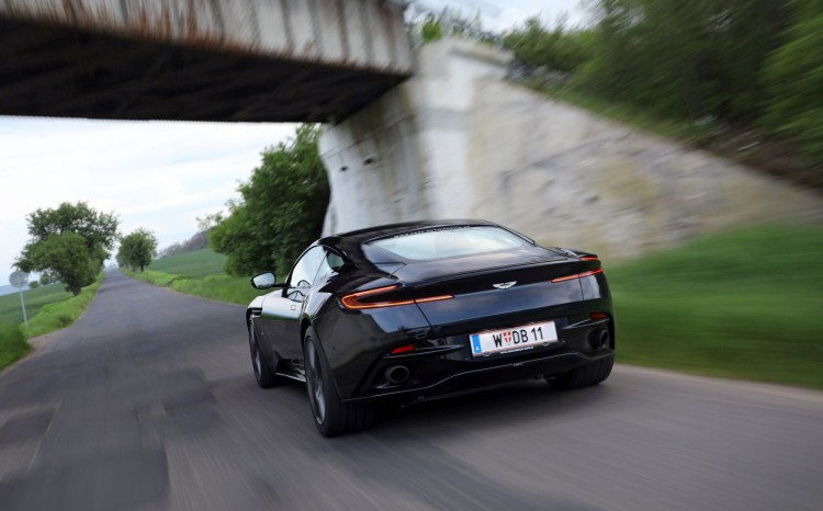 Aston_Martin_DB11 (63)