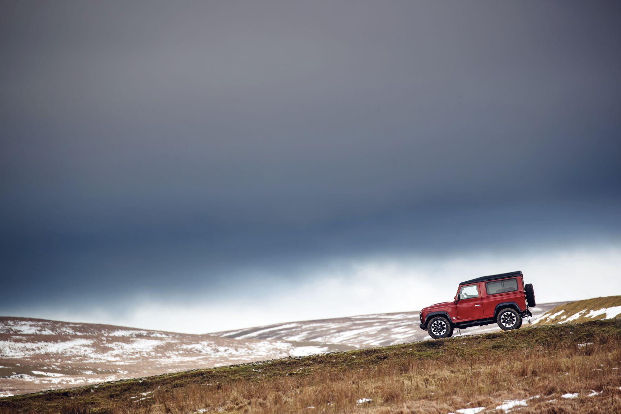 Land Rover_Defender_Works V8_18