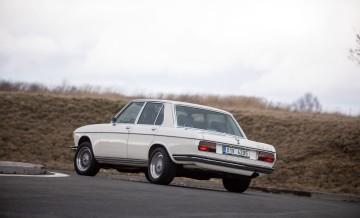 BMW E3 1972_19