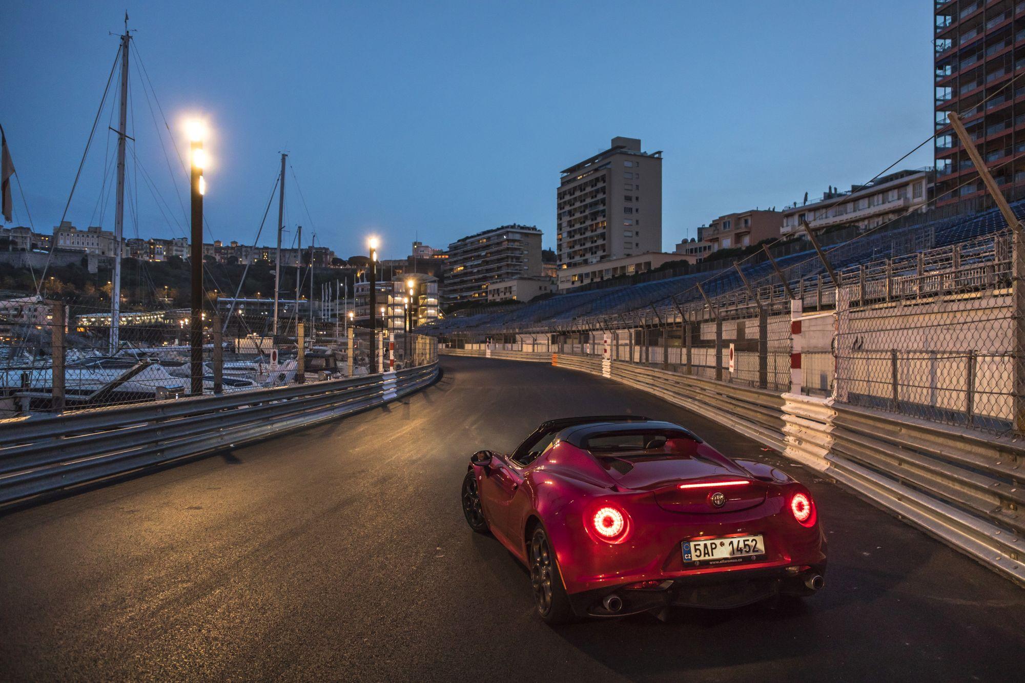 Alfa Romeo_4C_Spider_16