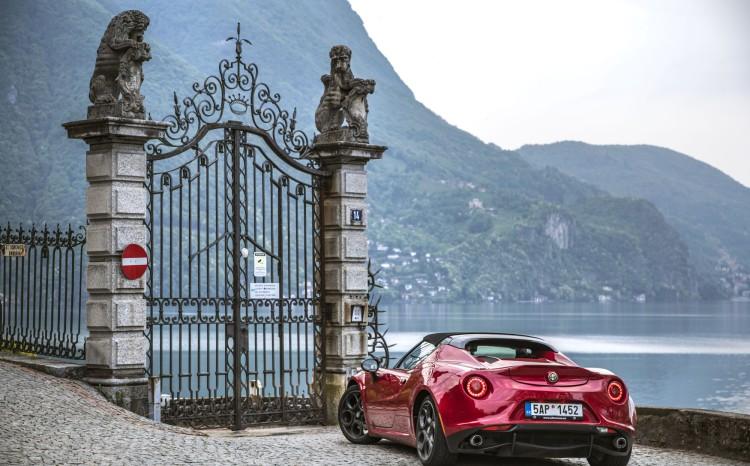 Alfa Romeo_4C_Spider_26