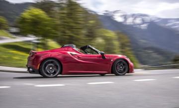 Alfa Romeo_4C_Spider_4