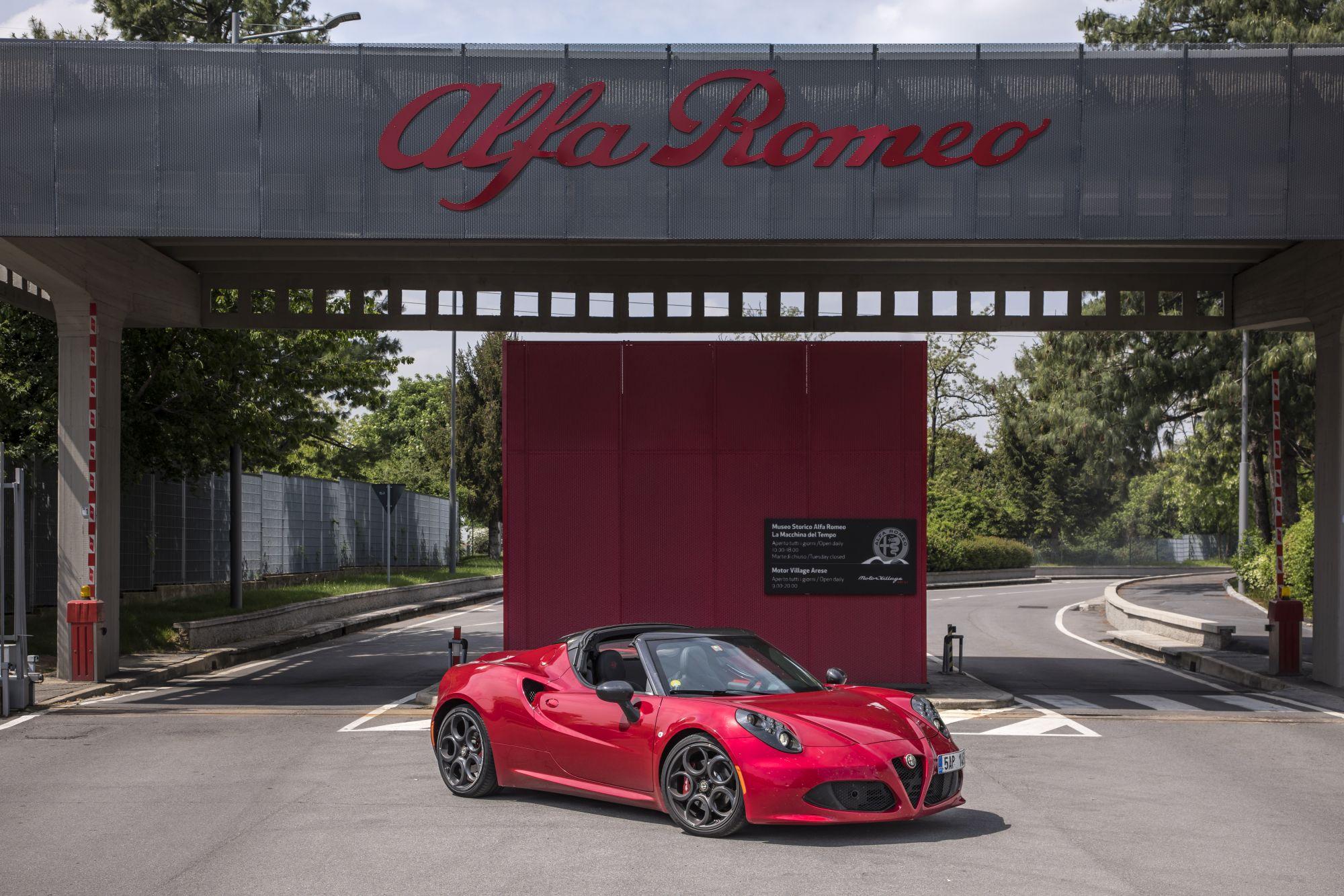 Alfa Romeo_4C_Spider_40