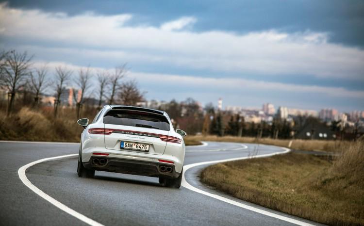 Porsche Panamera Turbo ST_16