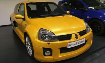 Renault_Classic_17