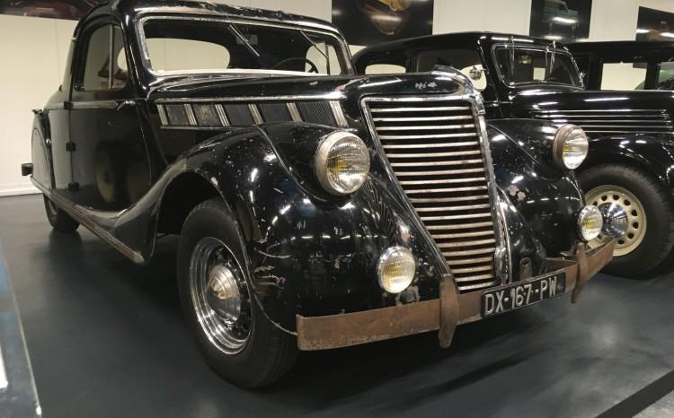 Renault_Classic_25