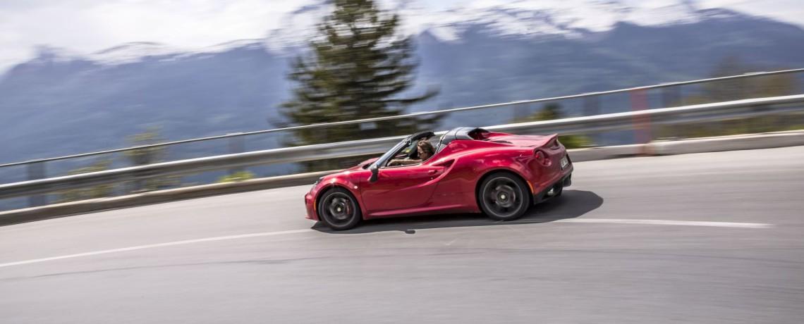 uvodni Alfa Romeo 4C