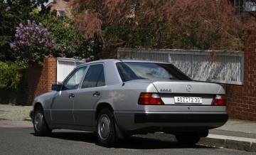 Mercedes-Benz W124_5
