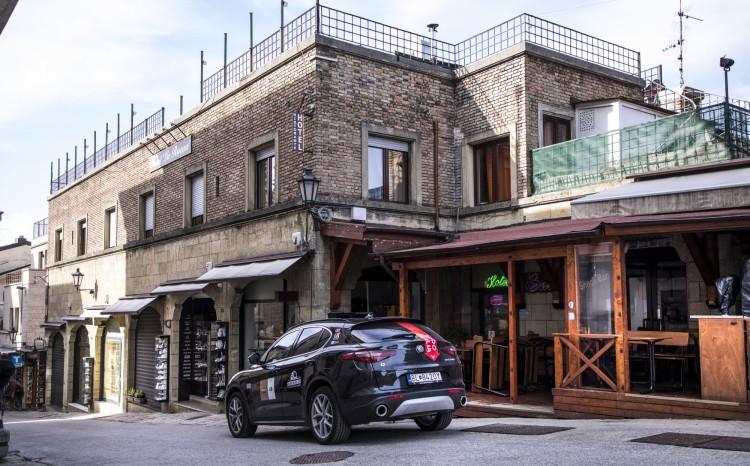 Alfa Romeo Stelvio Super_16