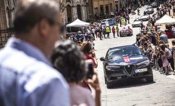 Alfa Romeo Stelvio Super_8