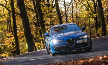 3_Alfa Romeo Qulia QV