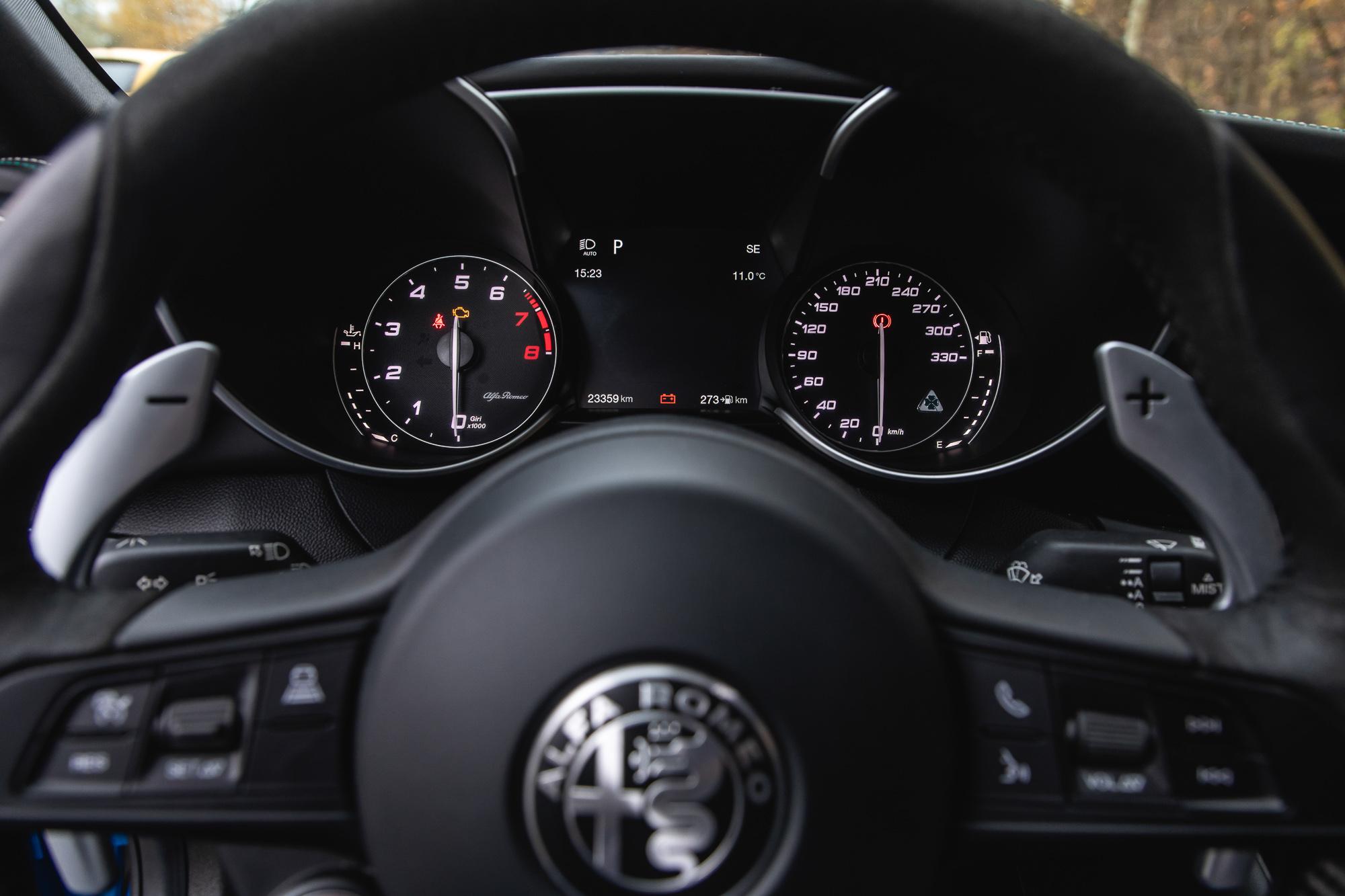 4_Alfa Romeo Qulia QV__