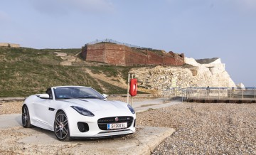 Jaguar_F-Type_P300_29