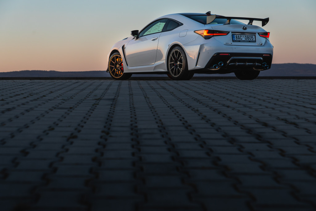 Lexus RCF TE foto