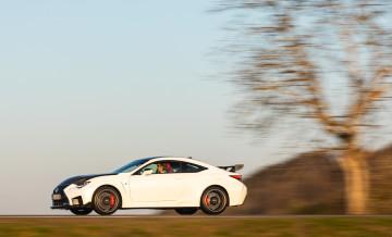 Lexus RCF TE jízda_22