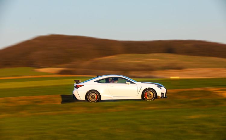 Lexus RCF TE jízda_5