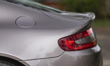 Aston Martin Vantage (2)_15