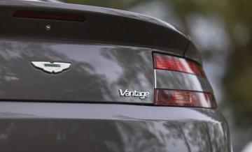 Aston Martin Vantage (2)_18