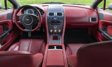 Aston Martin Vantage (2)_43