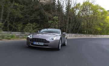 Aston Martin Vantage (2)_62