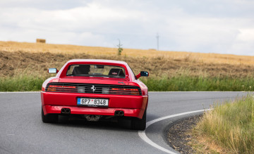 Ferrari 348 vs 512TR_84