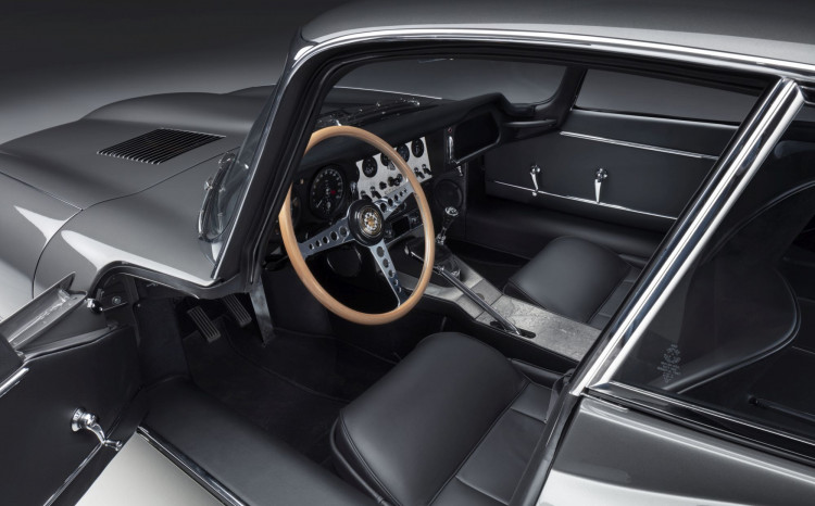 11 E-TYPE FHC interior 01