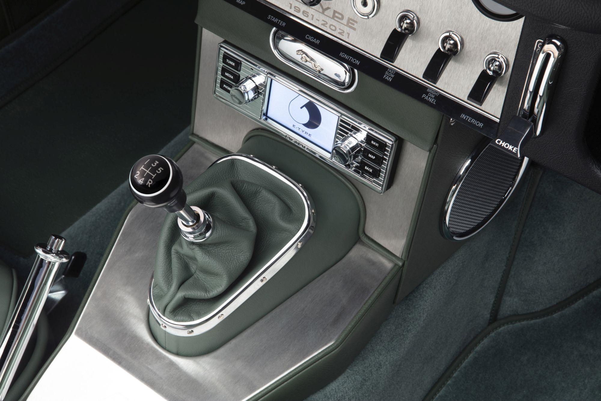 13 E-TYPE OTS interior 02