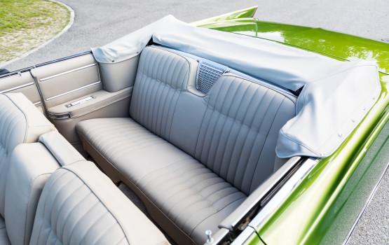 Cadillac DeVille 1964_31