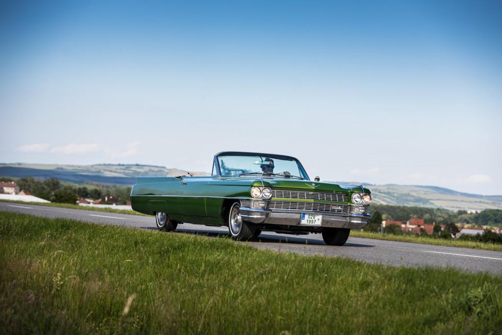 Cadillac DeVille 1964_41